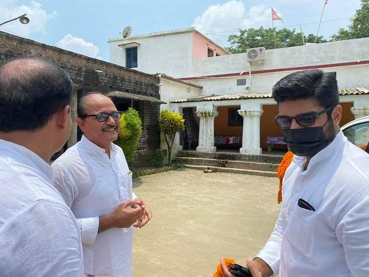 LJP में टूट के बाद पहली बार पटना पहुंचे प्रिंस राज का चिराग पासवान पर तंज, कहा- 'जनता का आशीर्वाद जरूरी'
