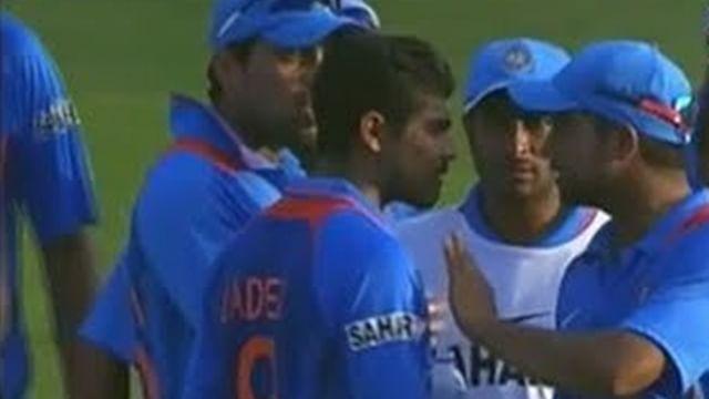 VIDEO: जब मैच में आपस में ही भिड़ गए जडेजा और रैना, कप्तान कोहली ने किया था बीच-बचाव