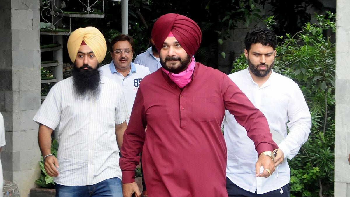 विरोधियों का बिस्तर गोल करूंगा... पंजाब कांग्रेस की कमान संभालते ही नवजोत सिंह सिद्धू की हुंकार