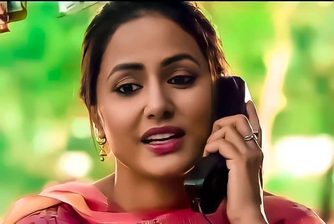 Hina Khan अपने नॉन-ग्लैमरस लुक में भी लूट रहीं हैं दिल, आने वाली फिल्म LINES में दिखेंगी ऐसी