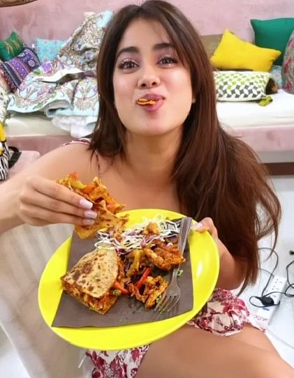 Jahnvi Kapoor shared cute picture while eating parathas