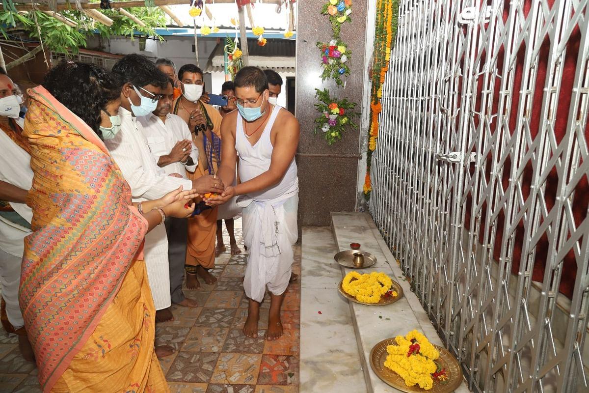 रांची में इस वर्ष भी नहीं निकली रथयात्रा, CM हेमंत सोरेन पहुंचे जगन्नाथ मंदिर, पूजा कर मांगी माफी