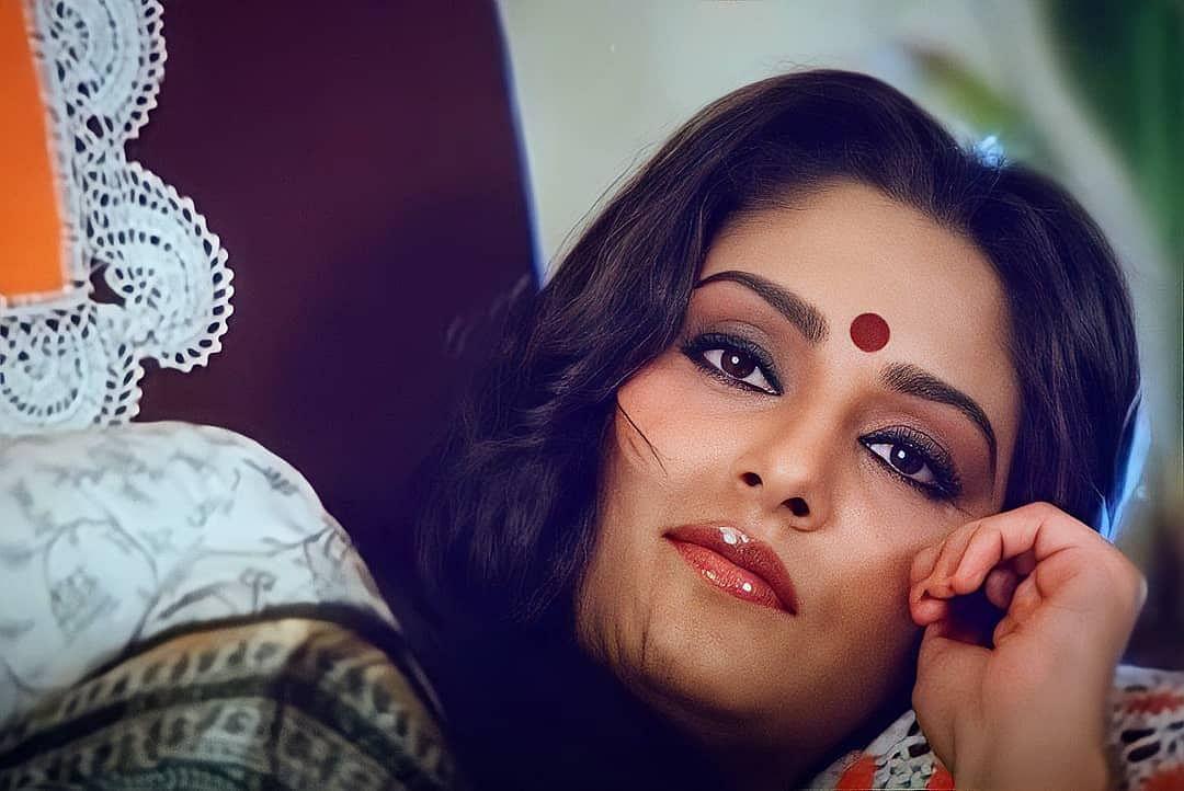 Jaya Prada चलती ट्रेन में नहाने को हो गईं थीं मजबूर, इस सीन के लिए डायरेक्टर को नहीं करना चाहती थीं निराश