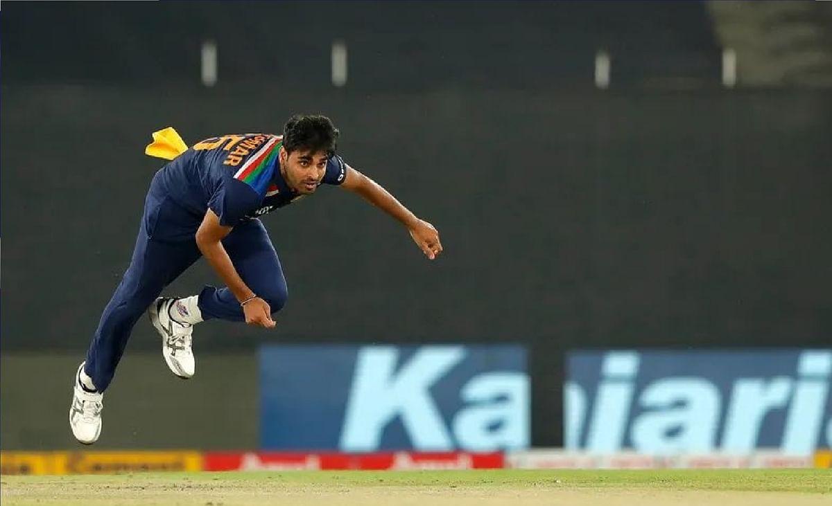 SL vs IND 3rd T20 Live : भारत के छोटे लक्ष्य का पीछा करने उतरी श्रीलंकाई टीम, SL 12/0 (3)