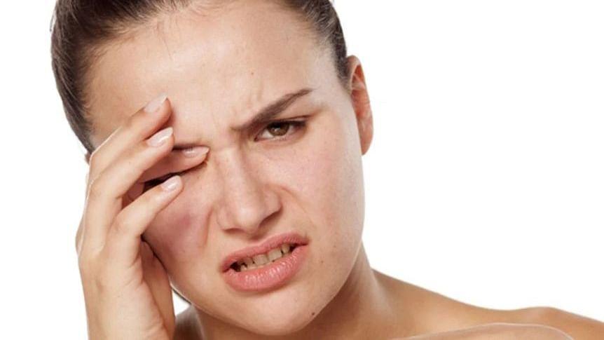 आंखों का फड़कना शुभ-अशुभ का नहीं बल्कि इन गंभीर बीमारियों का संकेत, Eye Strain भी कारण, जानें बचाव के उपाय