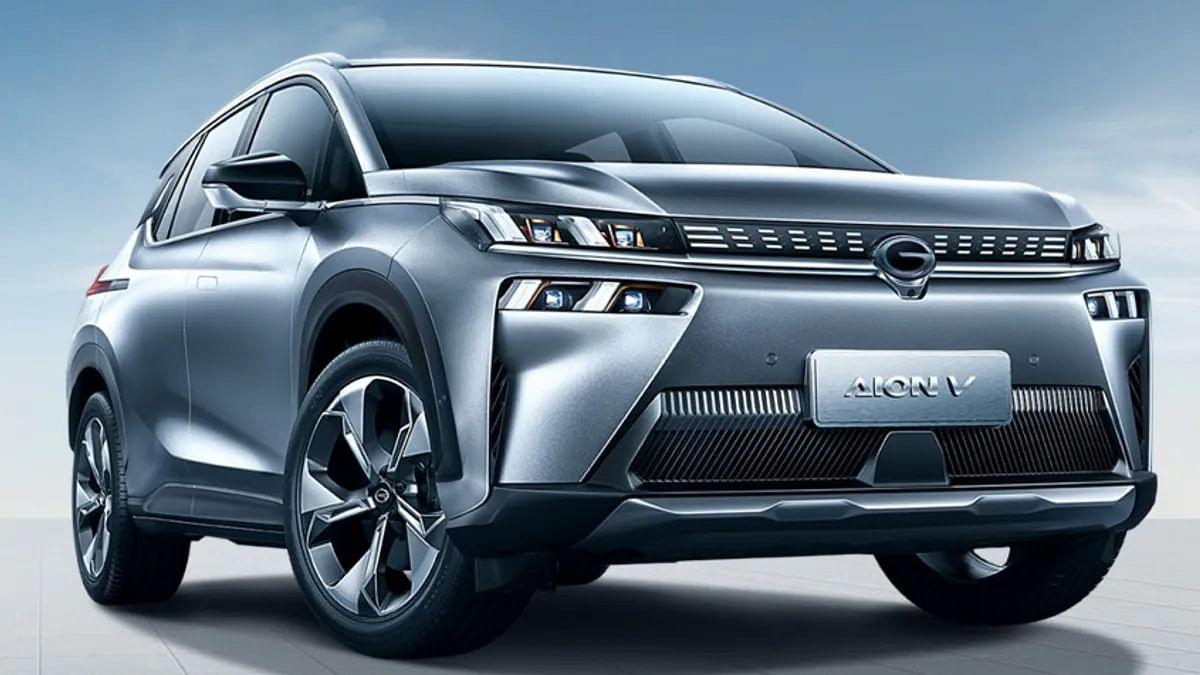 Fastest Charging Electric Car: 10 मिनट में फुल चार्ज होकर 1000 KM दौड़ेगी GAC Aion V SUV