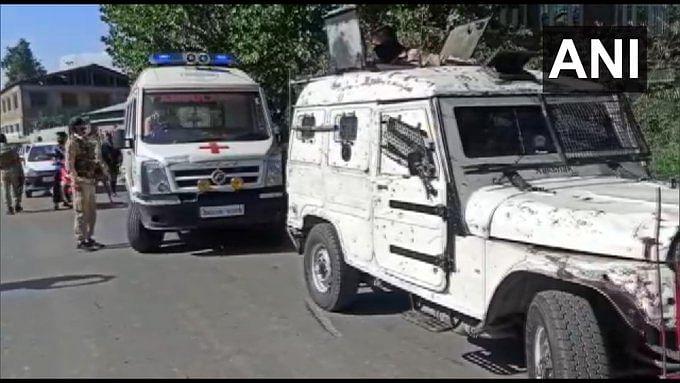 Breaking News : जम्मू-कश्मीर के भाजपा नेता गुलाम रसूल डार और उनकी पत्नी पर आतंकियों ने बरसाई गोली, मौत