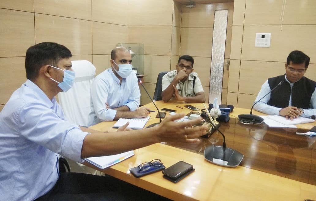 Jharkhand News : झारखंड के धनबाद में ट्रैफिक व्यवस्था होगी दुरुस्त, जाम से मिलेगी मुक्ति, ये है प्लान