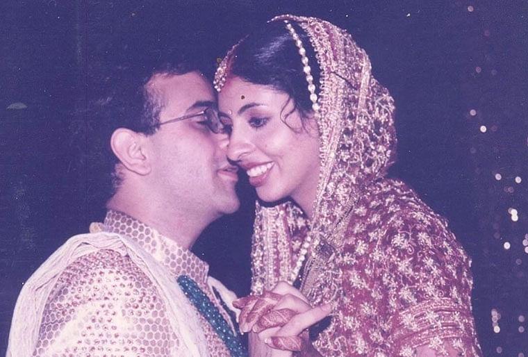 Amitabh Bachchan को छोटी उम्र में ही बेटी Shweta Nanda की करनी पड़ी शादी, काफी समय से एक दूसरे को डेट कर . . .