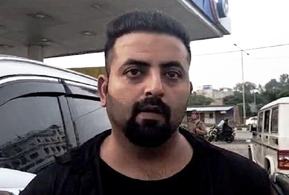 'मैं इतना बेवकूफ कैसे किसीसीटीवी जहां लगा हो वहां घटना करवाऊं', मुनव्वर राना के बेटे तबरेज ने कही ये बात