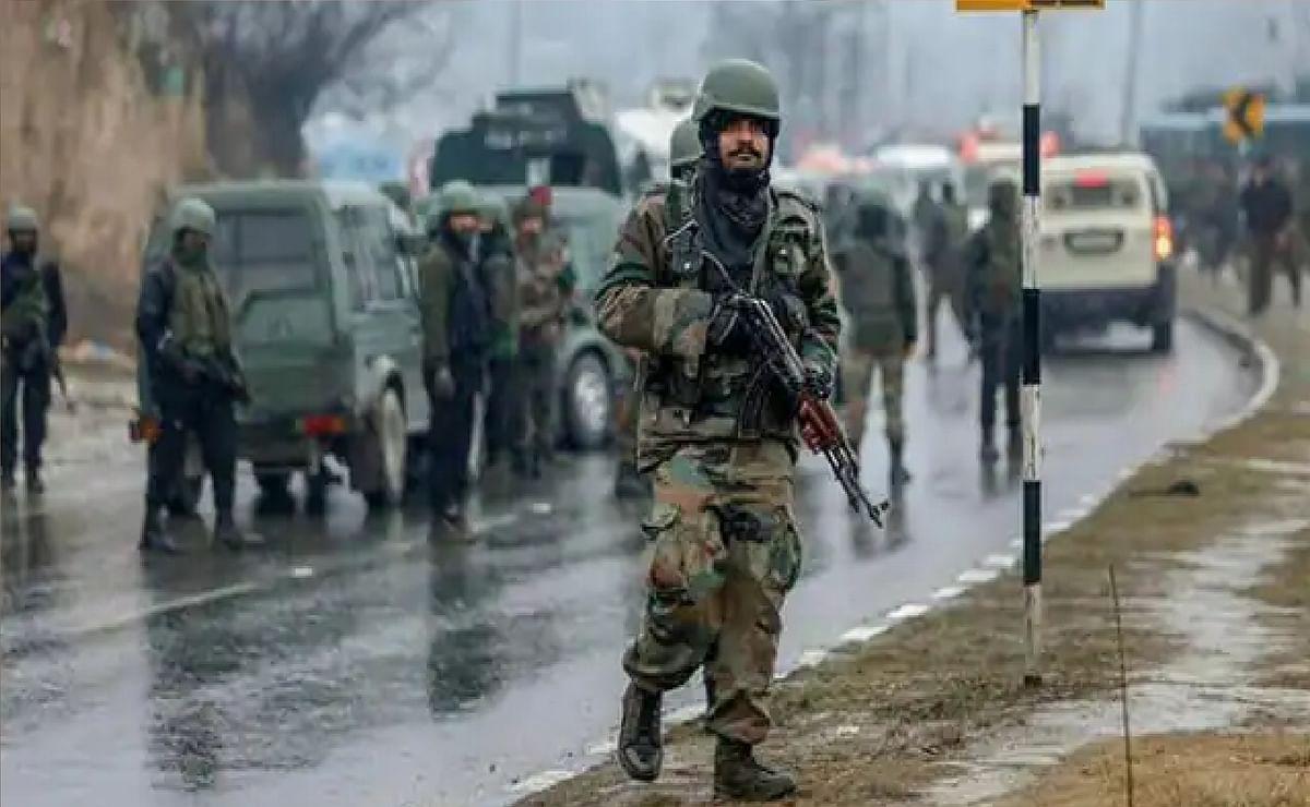 जम्मू-कश्मीर: अवंतीपोरा में सुरक्षाकर्मियों के साथ मुठभेड़ में जैश-ए-मोहम्मद का टॉप कमांडर ढेर