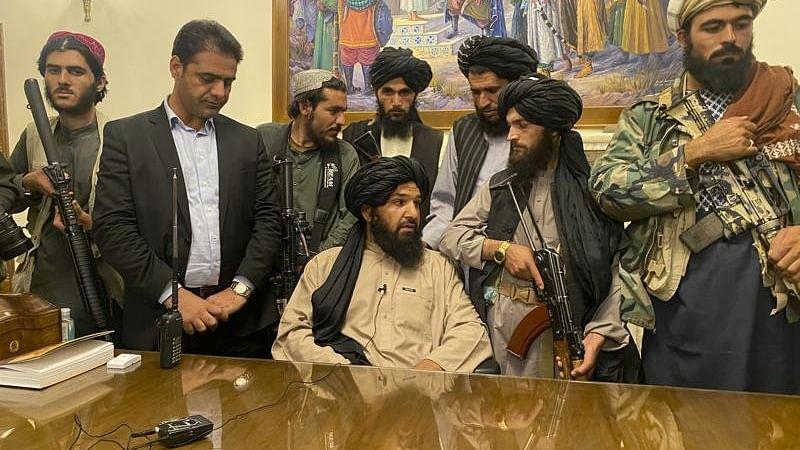 अफगानिस्तान में सरकार बनने से पहले ही तालिबान-हक्कानी में टकराव, गोलीबारी में बरादर घायल