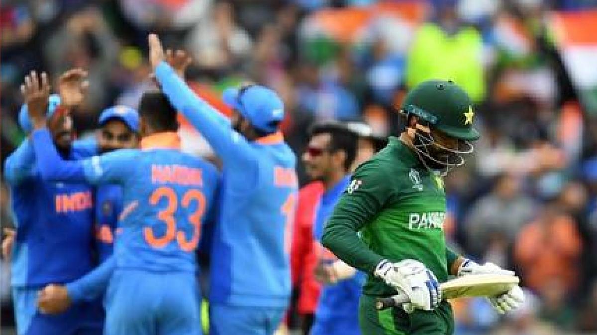 T20 World cup: पाकिस्तान ने अपनी नयी जर्सी पर लिखवाया भारत का नाम, तस्वीरें हुईं वायरल