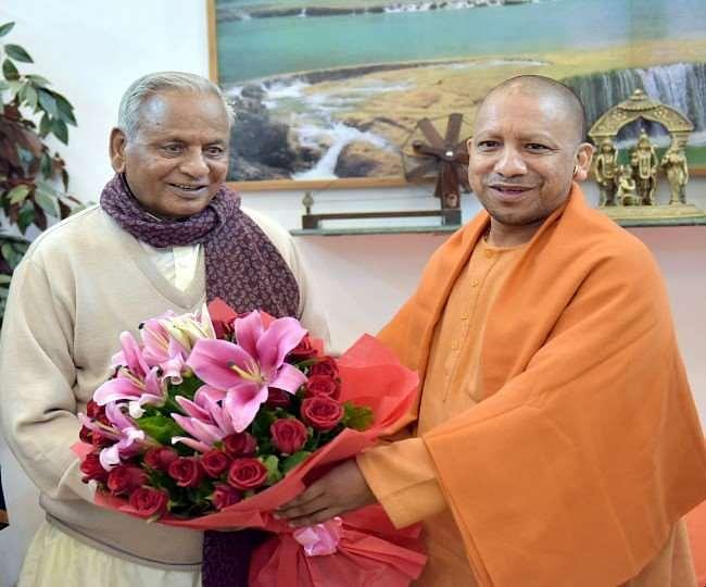 CM Yogi का ऐलान, कल्याण सिंह के नाम पर होगी लखनऊ कैंसर इंस्टीच्यूट और बुलंदशहर मेडिकल कॉलेज की पहचान