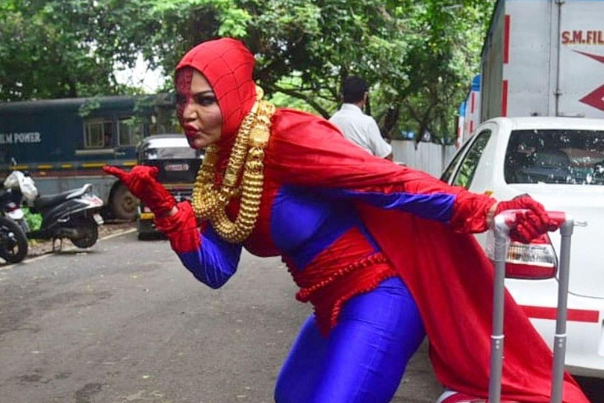 Bigg Boss के घर में Spider Woman बनकर जाएंगी Rakhi Sawant, मकड़ी के जाल से सभी को हटाने को तैयार एक्ट्रेस