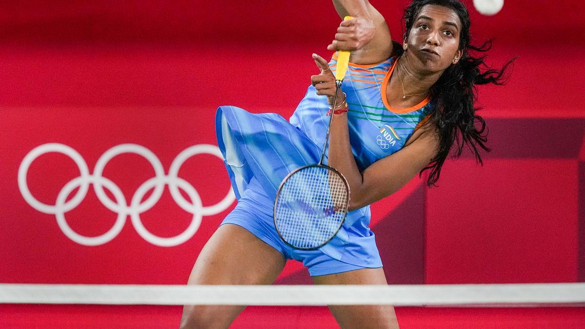 Tokyo Olympics में भारतीय महिला खिलाड़ियों का जलवा, मेडल पर ऐसे किया कब्जा, देखें तसवीरें