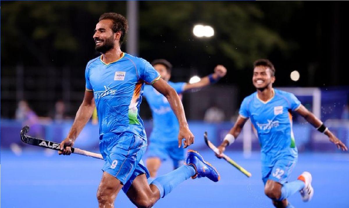Tokyo Olympics : भारत के लिए सुपर संडे, सिंधु ने जीता कांस्य, पुरुष हॉकी टीम सेमीफाइनल में