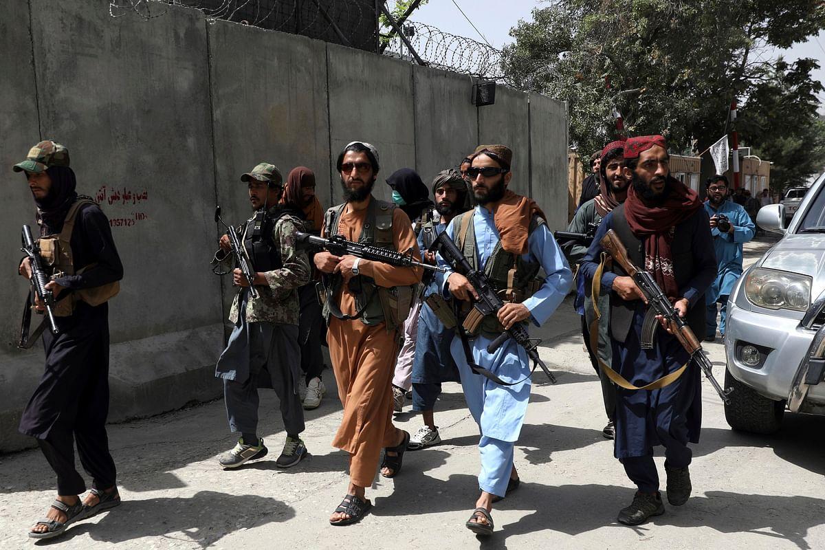 पाकिस्तान और तालिबान के बीच है सांठ-गांठ, इमरान सरकार के मंत्री शेख राशिद ने कबूली यह बात