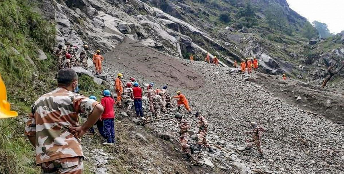 Kinnaur Landslide: विस्फोट, ड्रिलिंग की वजह से कमजोर हो रहे पहाड़, देश के इन राज्यों में भूस्खलन का खतरा
