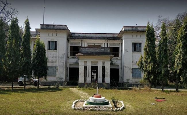Bihar News: जल्द खुलेंगे दरभंगा, भागलपुर और बक्सर में बंद पड़े आयुर्वेदिक कॉलेज, 3270 शिक्षकों की होगी बहाली