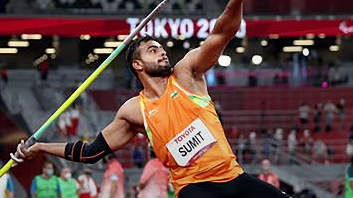 Paralympic: Gold मेडलिस्ट सुमित अंतिल ने बनाया वर्ल्ड रिकॉर्ड, हादसे में पैर गंवाने से पहले करते थे पहलवानी