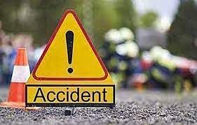 सासाराम में ट्रक-कार की टक्कर में एक ही परिवार के 4 लोगों की मौत, लखीसराय में पिता-पुत्र सड़क हादसे का शिकार
