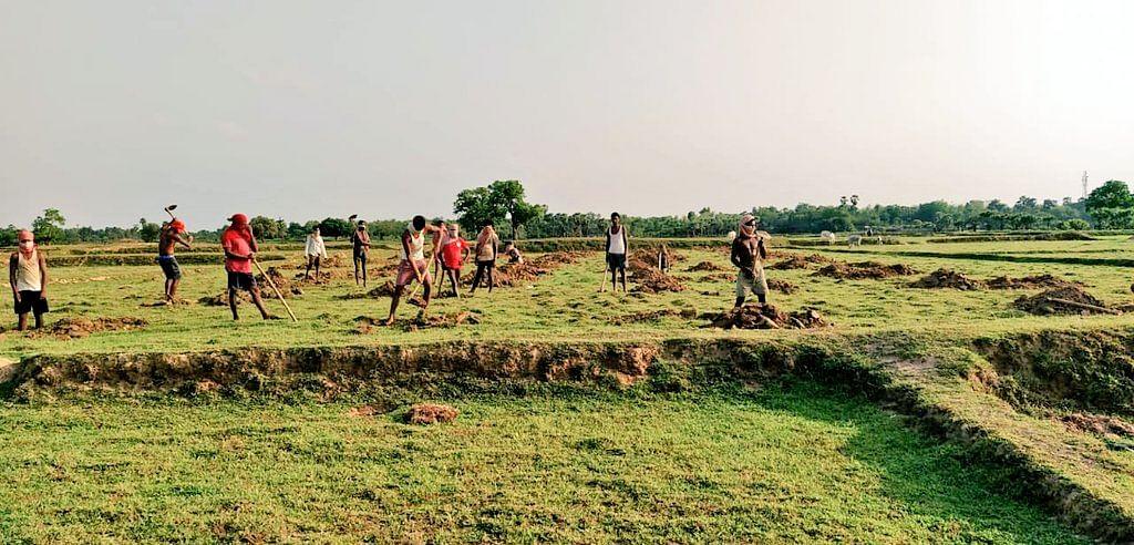 झारखंड सरकार ने मनरेगा मजदूरों के खाते में डाले 350 करोड़ रुपये, अब नहीं होगी कोई परेशानी