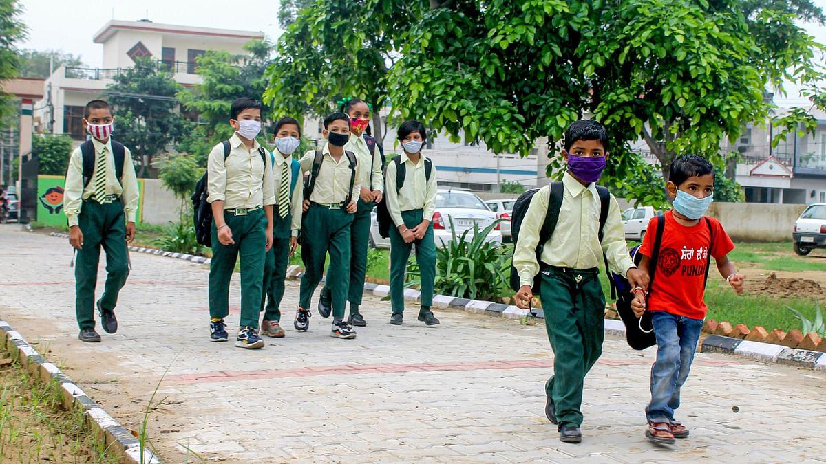 झारखंड में आज से खुलेंगे 6 से 8 तक की कक्षाएं, तैयारी पूरी, जानें राजधानी रांची के कौन से स्कूल खुलेंगे आज से