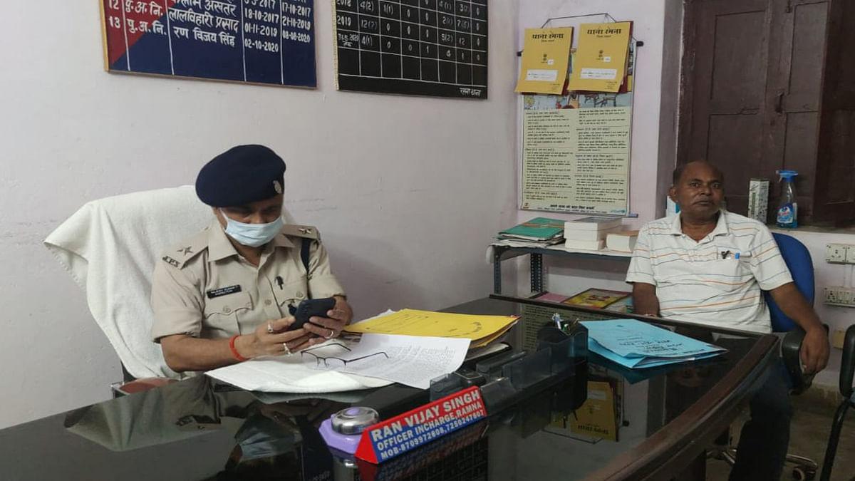 करोड़ों रुपये गबन का मुख्य आरोपी गढ़वा के पूर्व उप डाकपाल पलामू से गिरफ्तार, मामला दर्ज होने के बाद से थे फरार