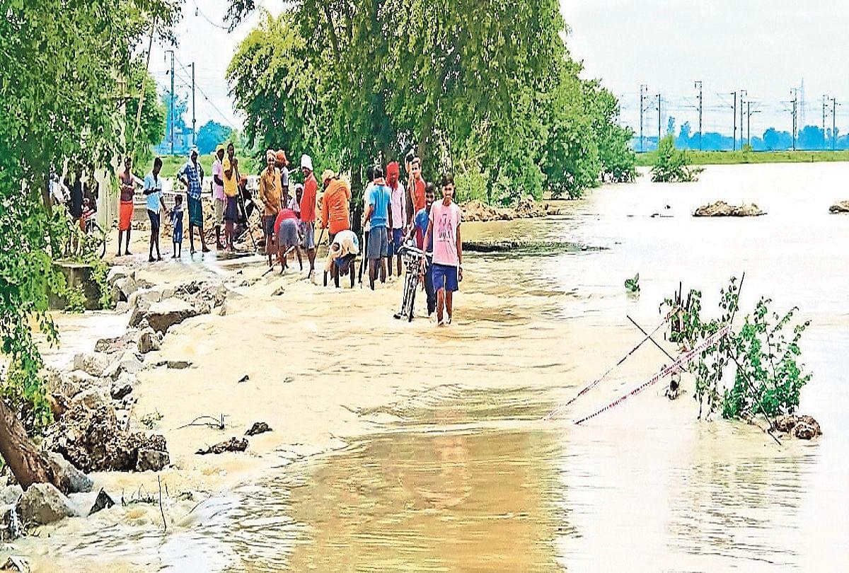Kaimur Flood: बिहार में तबाही मचा रही दुर्गावती और कर्मनाशा नदी, जलमग्न हुआ कैमूर, यूपी जाने वाला रास्ता बंद