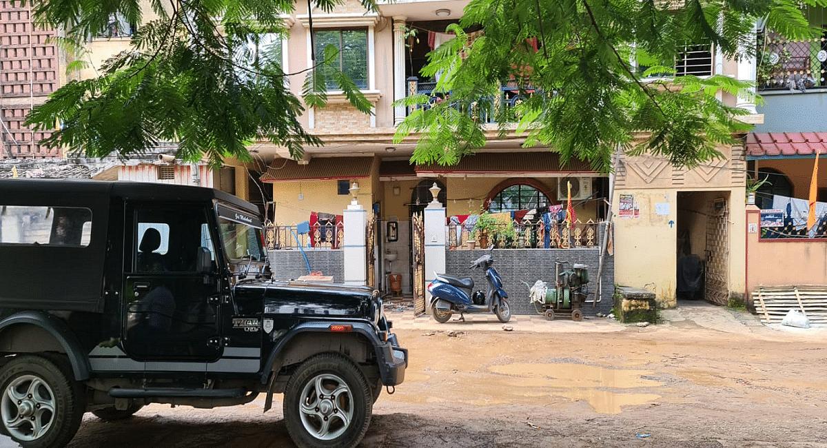 Jharkhand News : झारखंड के जमशेदपुर में डॉ अमित कुमार ने रिवॉल्वर से खुद को मारी गोली, टीएमएच में भर्ती