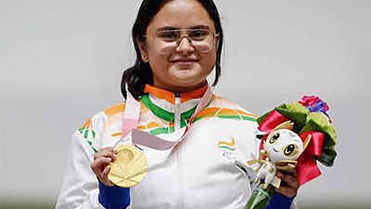 Tokyo Paralympics 2020: गोल्डन गर्ल अवनि लेखरा होंगी समापन समारोह में भारतीय ध्वजवाहक