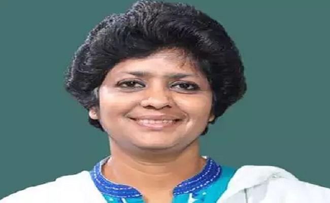 टीएमसी की सांसद अर्पिता घोष ने राज्यसभा से दिया इस्तीफा, हंगामे की वजह से हुईं थी सस्पेंड