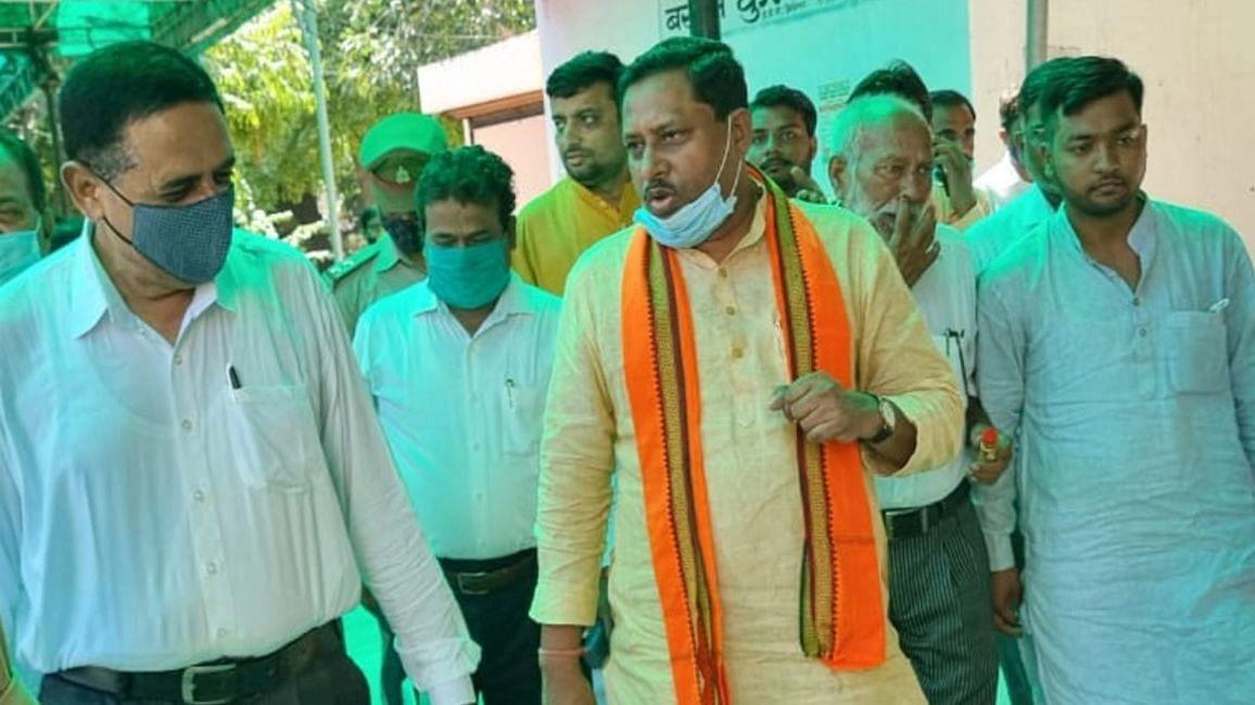 UP News: बीजेपी सांसद रामशंकर कठेरिया आगरा की एमपी-एमएलए कोर्ट में हुए पेश, जानें क्या है मामला