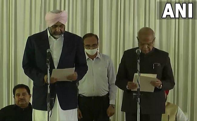 Punjab Cabinet Expansion: कैप्टन के विरोधी अमरिंदर सिंह राजा समेत 15 विधायकों ने ली मंत्री पद की शपथ