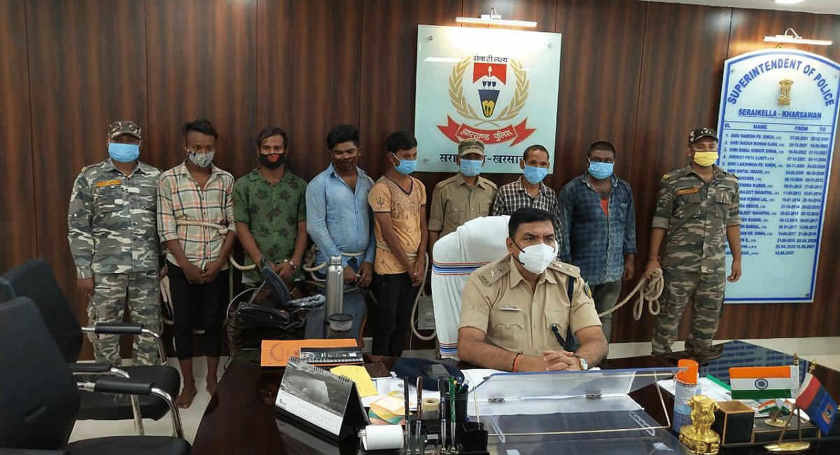 Jharkhand News : झारखंड से 9 मोबाइल चोर अरेस्ट, 80 मोबाइल जब्त, ऐसे करते थे मोबाइल की चोरी