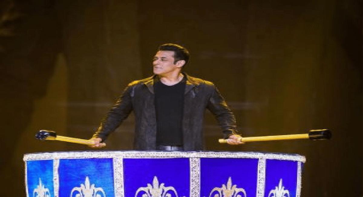 Salman Khan ने 'जीने के हैं चार दिन' सॉन्ग पर  किया आईकॉनिक डांस, 'टाइगर 3' के सेट से लीक हुआ VIDEO!