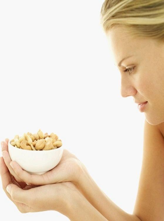 Cashew Health Benefits: काजू खाने के हैं कमाल के फायदे, दिल से लेकर शुगर लेवल कंट्रोल करने में करता है मदद