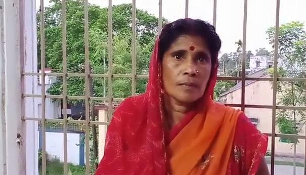 गिरफ्तार महिला अपराधी