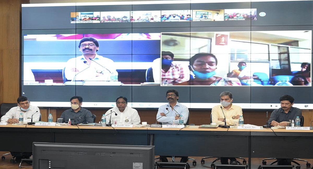 झारखंड के सीएम हेमंत सोरेन ने दीदी हेल्पलाइन कॉल सेंटर का किया शुभारंभ, एक कॉल पर मिलेगी जानकारी