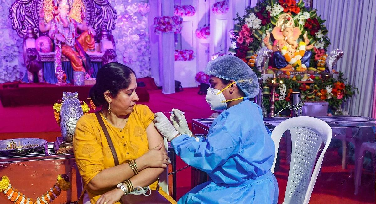 Coronavirus Vaccine: पीएम मोदी के जन्मदिन पर कोरोना वैक्सीनेशन का बना रिकॉर्ड, अब तक 1 करोड़ डोज लगाई गई