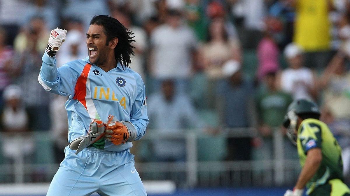T20 World Cup 2021 : धौनी की टीम इंडिया में वापसी, मैदान के बाहर रहकर लगाएंगे चौके-छक्के