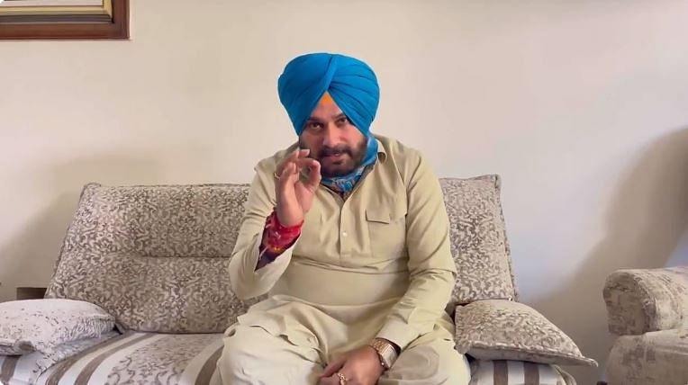 Punjab Crisis : चरणजीत सिंह चन्नी ने दिया भरोसा, सिद्धू के साथ मिल-बैठकर सुलझा लेंगे मामला