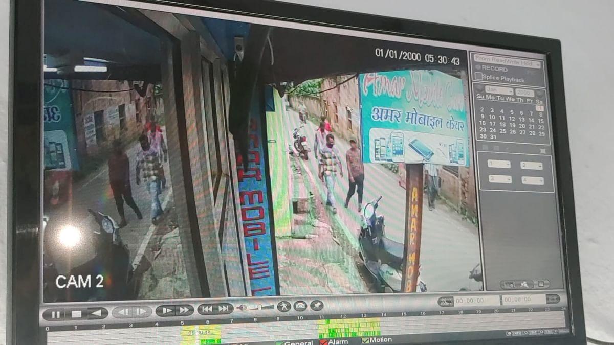 कोडरमा में बैंक के ग्राहक सेवा केंद्र को लूटने आए थे अपराधी, दो भाईयों की दिलेरी ने ऐसे किया मंसूबे को विफल