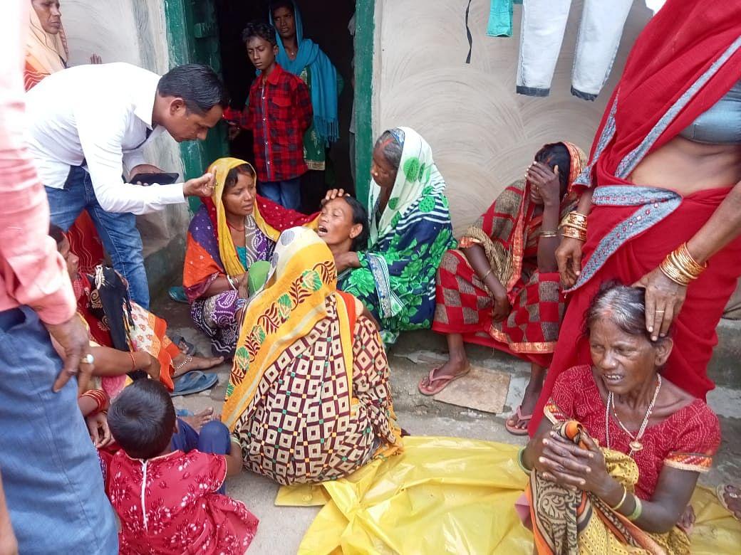 Jharkhand News : झारखंड के लातेहार में करमा की डाली विसर्जित करने गयीं 7 युवतियों की डूबने से मौत