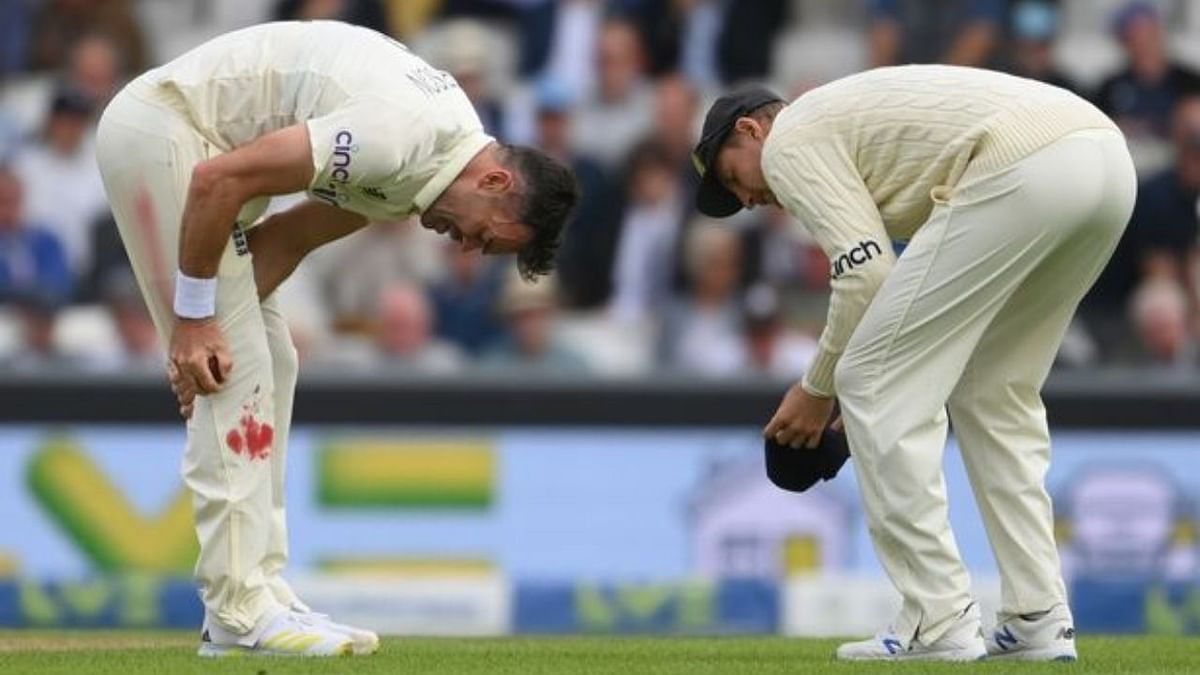 IND vs ENG: लहूलुहान घुटने के साथ ही खेलते रहे जेम्स एंडरसन, धारदार गेंदबाजी से भारतीय खेमे में मचाया तहलका