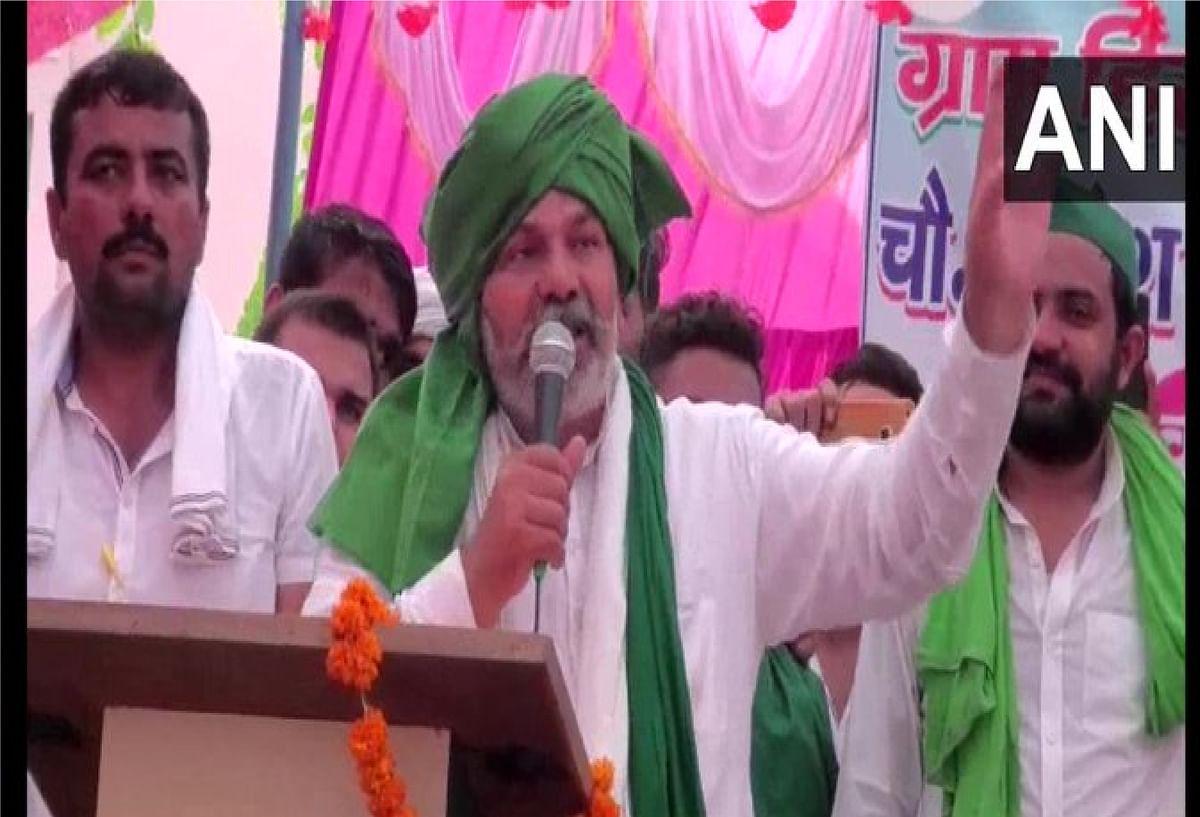"""यूपी की राजनीति में """"अब्बाजान"""" के बाद अब """"चच्चाजान"""" की इंट्री, राकेश टिकैत ने ओवैसी को बताया भाजपा की बी टीम"""