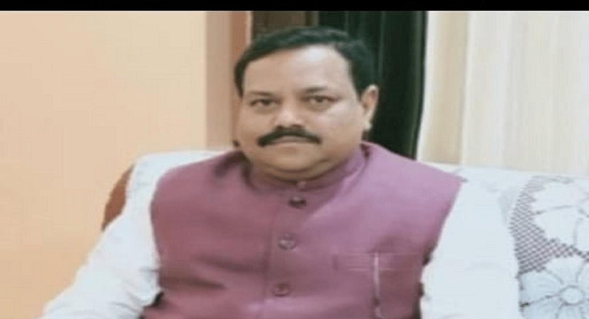 बिहार के वाल्मीकि टाइगर रिजर्व की टीम झारखंड के पलामू टाइगर रिजर्व के पदाधिकारियों को सौंपेगी ध्वज,ये है संदेश