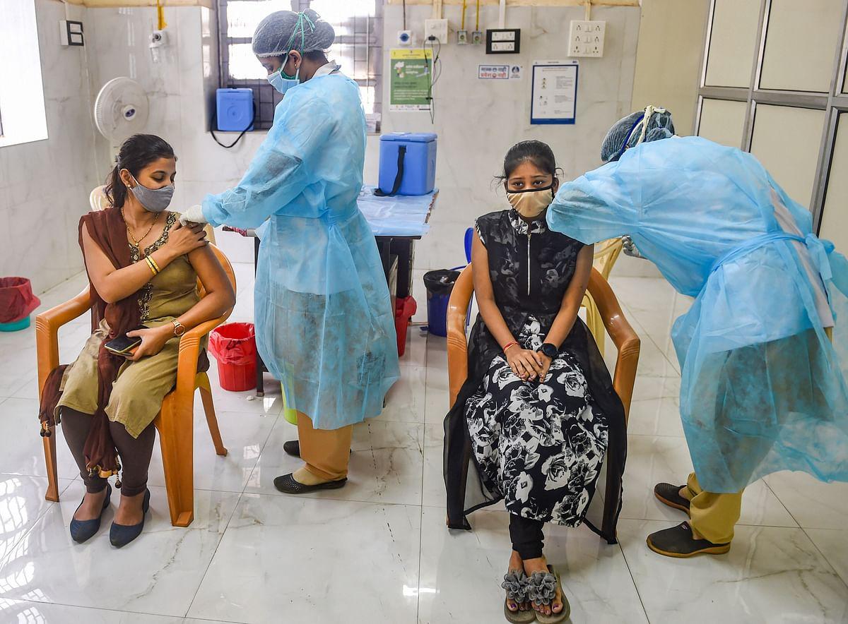 2 Cr : भारत में एक दिन में दो करोड़ वैक्सीनेशन, देश ने पीएम नरेंद्र मोदी को दिया जन्मदिन का उपहार
