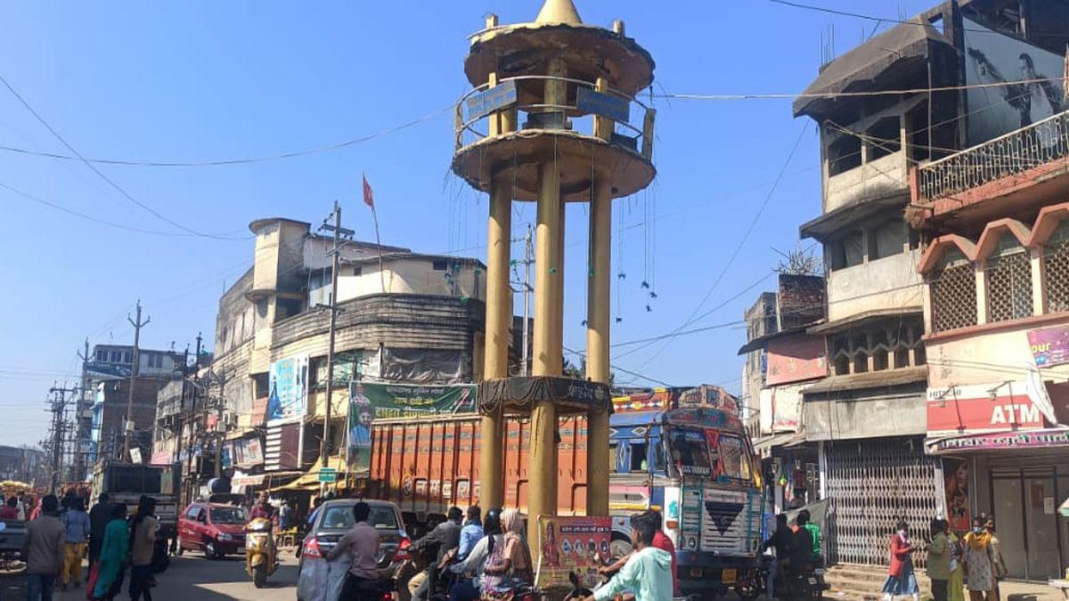 Jharkhand News : गुमला के साक्षरताकर्मियों का 57.65 लाख बकाया, प्रशासनिक लापरवाही से राशि हुई सरेंडर